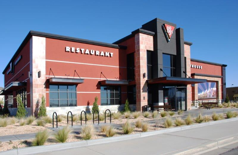 BJs Restaurant During the Day