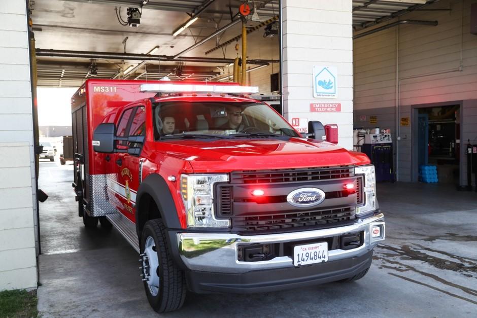 Paramedics Leaving Station 311
